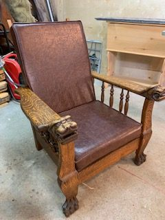 Morris Chair Ca 1900 Oak.
